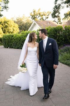 Katherine Schwarzenegger's Glam Wedding Dress Will Make You Audibly Gasp
