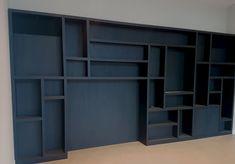 Diy Office Desk, Home Office, Garden Office, Game Room, Bookcase, Sweet Home, New Homes, Shelves, House Design