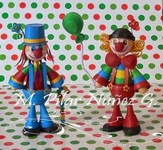 http://creaquilling.blogspot.it/2014/09/clowns.html
