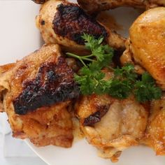 Peri Peri Chicken is an oven baked version of super DELICIOUS Portuguese flame-grilled chicken dish. Portuguese Chicken Recipes, Chicken Recipes Video, Grilled Chicken Recipes, Portuguese Food, Drumstick Recipes Oven, Food Vids, Peri Peri Chicken, Fire Food, Tasty Videos