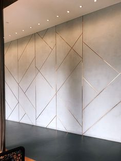 accent wall with gold detail Feature Wall Design, Wall Panel Design, Wall Cladding Interior, Interior Walls, Wall Cladding Designs, Home Room Design, Living Room Designs, Living Room Decor, Design Bedroom