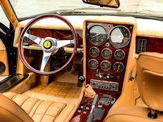 Ferrari 365 Daytona shooting break interieur
