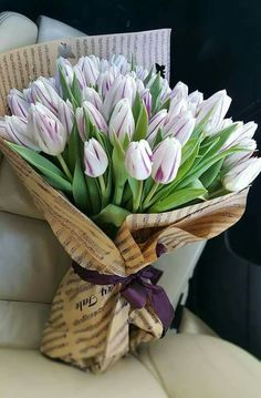 You can order flowers online to give pleasant surprise to your loved one. Purple Tulips, Tulips Flowers, Flowers Garden, Summer Flowers, Flower Pots, Planting Flowers, Beautiful Flowers, White Tulip Bouquet, Bouquet Flowers