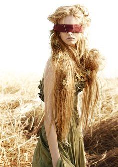 """Fresh Looks: """"Field of Dreams"""" byCaroline Knopf"""
