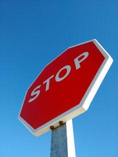 señal internacional de trafico  #stop #para #red #N120