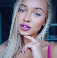 nude eye + magenta lip
