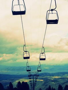 Who else can't wait for that first chairlift ride? Start your season off right at the #BostonSkiandSnowboardExpo or #ColoradoSkiandSnowboardExpo