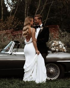 Wedding Dress Gallery, Dream Wedding Dresses, Boho Wedding Dress, Wedding Pics, Wedding Gowns, Lace Wedding, Bridal Hair And Makeup, Marie, Wedding Hairstyles