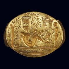 Gold ring 2nd century BCE. Greece. Leda and the swan.