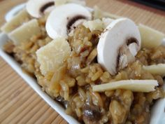 En cuisinant ce risotto aux 3 champignons je redécouvre le risotto par une maîtrise de la cuisson et vous donne tous mes trucs pour réussir ce plat.
