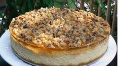 Le gâteau au fromage, le dessert favori de la cuisine israélienne que l'on sert pendant la fête de Shavouot, est à la fois moelleux et croquant ...