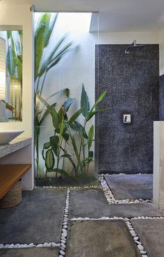 Outdoor Bathrooms 690247080377613899 - Stylish Spectacular Outdoor Bathroom Design Ideas That Feel Like A Vacation Source by lovahomycom