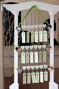Placard de Casamento Seating Charts, Bouquets, Wedding, Crochet Vase, Wedding Planning, Wedding Table, Dream Wedding, Grooms, Facts