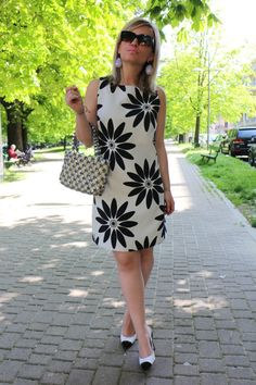 Look of the day: Surround me with love Casual Wear, Casual Dresses, Short Dresses, Casual Outfits, Fashion Dresses, Girls Dresses, Summer Dresses, One Piece Dress, Knee Length Dresses