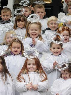 children singing christmas carols - Google Search