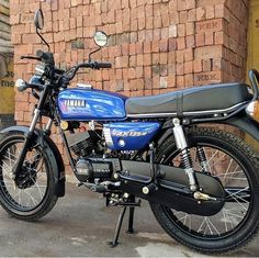 Motorcycles In India, Yamaha Motorcycles, Scrambler Motorcycle, Bobber, Cars And Motorcycles, Yamaha Rx100, Cafe Racing, Street Tracker, Old Skool
