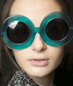 Gafas de sol de estilo vintage. // #Vintage sunglasses Karen Walker Fall 2013