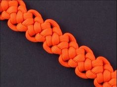▶ How to Make the Brainworm Sinnet (Paracord) Bracelet by TIAT - YouTube