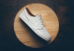 Nike Skateboarding is on deck with an ostrich textured Stefan Janoski as part of its fourth quarter collection. Dipped in the ivory shade of white over its Nike Sb Zoom Janoski, Nike Skateboarding, Sneaker Magazine, Stefan Janoski, Skate Shoes, Adidas Stan Smith, Adidas Sneakers, Kicks, Ivory