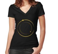 Camiseta entallada de cuello en V V Neck, Tops, Women, Fashion, Gold Hoops, Chemises, Moda, Shell Tops, Fasion