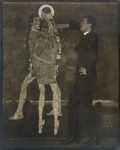 Egon Schiele I Photograph by Anton Josef Trcka I 1914