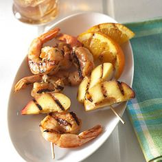 Get both #sweet and #spicy flavors with these Spicy Grilled Shrimp and Nectarine Kabobs!