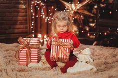 Новогодняя-семейная-детская-фотосессия-новогодний-интерьер-фотограф-фотосессия-в-студии-на-новый-год-новогодний-сертификат-2.jpg (640×427)