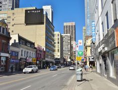 Yonge Street, south of Bloor St. Yonge Street, Downtown Toronto, Street View