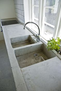 concrete counter and sinks for the workshop