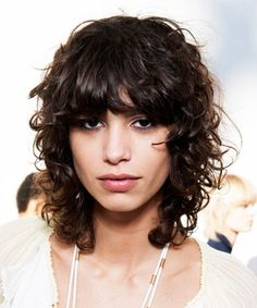 Best Haircuts for Curly Hair: Curly Shag