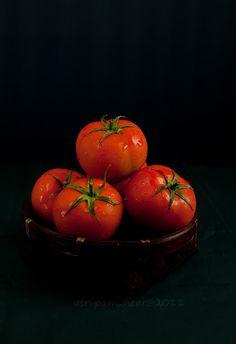Tomatoes - remind me of Moldova, feeling nostalgic #papadoma