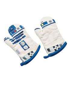 Loving this Star Wars R2-D2 Oven Mitt - Set of Two on #zulily! #zulilyfinds