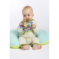 Manhattan Toy Skwish Color Burst Rattle and Teether Grasping Activity Toy Kids Awards, Best Kids Toys, Newborn Toys, Wooden Baby Toys, Young Baby, Baby Swings, Developmental Toys, Activity Toys, Baby Massage