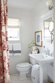 10 Unique Bathroom Decor Inspiration 10 Unique Bathroom Decor Inspiration - Clever storage choices and smart finishes imply that even the smallest of bathrooms could be stylish in additio. Cozy Bathroom, Tiny House Bathroom, Bathroom Kids, Bathroom Colors, Master Bathroom, Downstairs Bathroom, Washroom, Target Bathroom, Colorful Bathroom