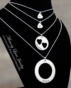 I LOVE THIS!! I Carry Your Heart (Mother, Daughter & Grandmother Necklaces) - PERSONALIZED on Etsy, $95.00