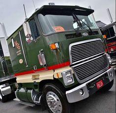 Miller Engine & Foundry, Ford CL9000, Transporter, Hauler