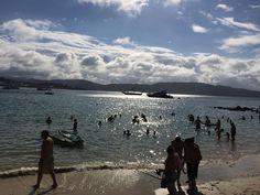 Praia da Sepultura Bombinhas Santa Catarina Brasil. Estrutura de apoio para mergulho e lazer do @paraiso_do_mar  #paraisodomar #viagem #turismo #férias #fotododia #minhavida #vlog #mylife #youtubechannel #trip #photooftheday #fun #travelling #tourism #tourist #travel #praia #beach #bombinhas #santacatarina #brasil #brazil #praiadasepultura #mar #sea #atlanticocean #mergulho #dive #kayak #standuppaddle