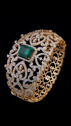 Best Diamond Bracelets : Jewellery Designs: Broad Diamond Kada and Bracelets Diamond Bracelets, Gold Bangles, Bangle Bracelets, Diamond Jewelry, Best Diamond, Latest Jewellery, Schmuck Design, Jewelry Patterns, Indian Jewelry