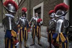 New recruits to the Pontifical Swiss Guard prepare to be sworn in during a ceremony in Vatican City Sorrento Italy, Naples Italy, Sicily Italy, Venice Italy, Italy Vacation, Italy Travel, Drones, Swiss Guard, Toscana Italy