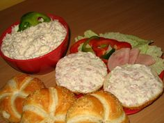 Sýrová pomazánka Czech Recipes, Egg Salad, Coleslaw, Holidays And Events, Ham, Muffin, Food And Drink, Cooking Recipes, Snacks