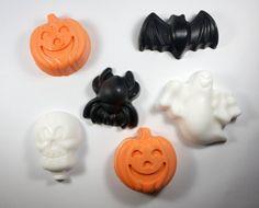 6 Halloween Soaps  5 designs  jackolantern pumpkin by WizardAtWork, $14.00
