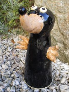 Mole made of ceramic Maulwurf aus Keramik Mole made of ceramic Metal Sculpture Wall Art, Outdoor Sculpture, Garden Sculpture, Mole, Pottery Courses, Pottery Store, Metal Garden Art, Taupe, Keramik Vase