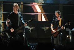 http://www3.pictures.zimbio.com/gi/James+Hetfield+25th+Anniversary+Rock+Roll+_rtwPaoegGXl.jpg