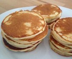 Pancakes mit Naturjoghurt