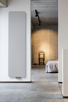 radiator woonkamer verticaal - Google zoeken | Ideas for the House ...