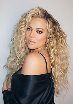 Pinterest: DEBORAHPRAHA ♥️ khloe kardashian with tight curls and lots of volume hair style