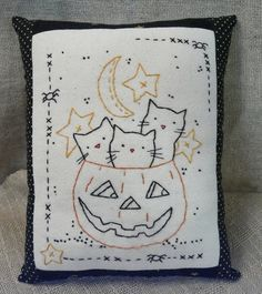 3 Cats in Halloween pumpkin Stitchery sheet E pattern primitive PDF pillow embroidery