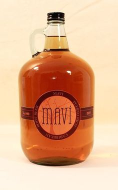 Mavi is a homemade sweet root beer kind of drink. It is the extract from the Mavi root plant combined with brown sugar and fermented to a tangy spicy taste. ~Root beer, my ass! This stuff has tons of alcohol. Puerto Rican Dishes, Puerto Rican Cuisine, Puerto Rican Recipes, Cuban Cuisine, Comida Latina, Comida Boricua, Boricua Recipes, Puerto Rico Food, Caribbean Recipes
