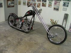 Styling Chopper Latest House Design, Added on , Latest House Design and Decor Ideas about Entire Home Here. Custom Choppers, Custom Harleys, Custom Bikes, American Motorcycles, Cool Motorcycles, Old School Chopper, Sugar Bears, Harley Davidson Panhead, Bear Shop