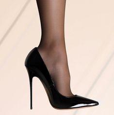#nylons #highheels #heels #shoelover #jimmychoo #anouk